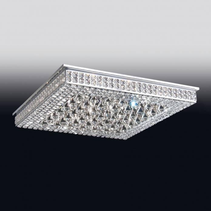 plafon super luxuoso feito em cristal, todo trabalhado e cheio de detalhes